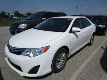 2012 TOOYOTA CAMRY LE